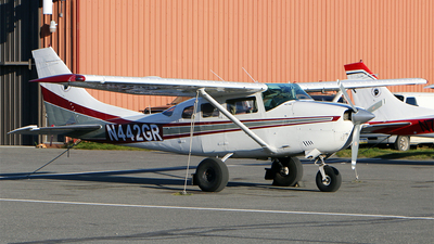 N442GR - Cessna U206F Stationair - Private