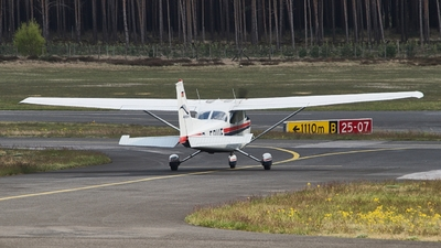 A picture of DEDUF - Cessna 172N - [17272224] - © JakkoFly