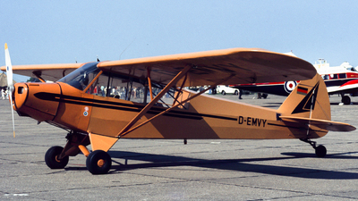 D-EMVY - Piper L-18C Super Cub - Private