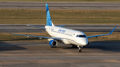 N85369  - Embraer 170-200LL - United Express (Mesa Airlines)