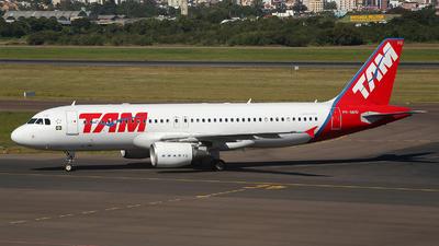 PR-MHQ - Airbus A320-214 - TAM Linhas Aéreas