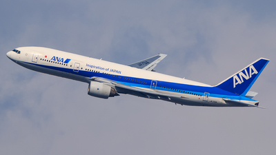 JA701A - Boeing 777-281 - All Nippon Airways (ANA)