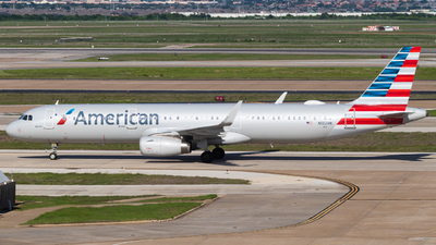 N132AN - Airbus A321-231 - American Airlines