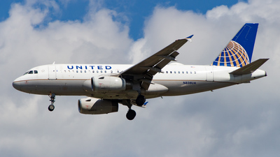 A picture of N838UA - Airbus A319131 - United Airlines - © Devon McCune