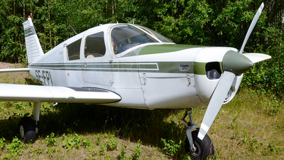 SE-FPI - Piper PA-28-140 Cherokee C - Private