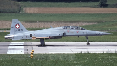 J-3201 - Northrop F-5F Tiger II - Switzerland - Air Force