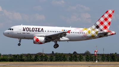 EC-MTF - Airbus A319-111 - Volotea