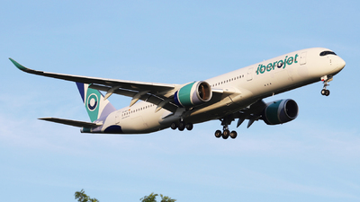 EC-NGY - Airbus A350-941 - Iberojet