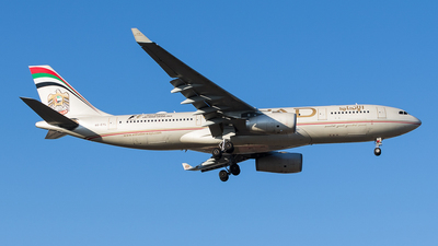 A6-EYL - Airbus A330-243 - Etihad Airways