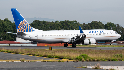 A picture of N76532 - Boeing 737824 - United Airlines - © Juan Manuel Galvez