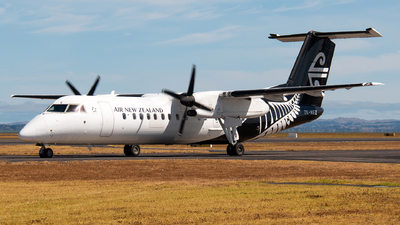 ZK-NEZ - Bombardier Dash 8-Q311 - Air New Zealand