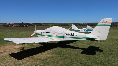 HA-BEW - Tomark Viper SD-4 - CAVOK Aviation Training