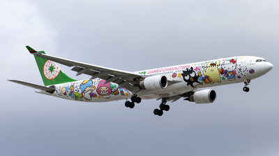 A picture of B16333 - Airbus A330302 - EVA Air - © Thanh Ho - SFAP