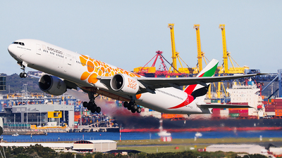 A picture of A6ECD - Boeing 77736N(ER) - Emirates - © Mark H