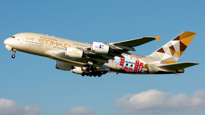 A picture of A6APE - Airbus A380861 - Etihad Airways - © srmark