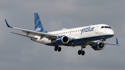 A picture of N294JB - Embraer E190AR - JetBlue Airways - © Mark Lawrence