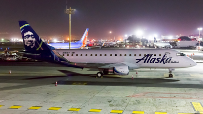 N181SY - Embraer 170-200LR - Alaska Airlines (Skywest Airlines)
