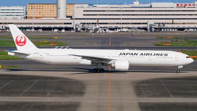 JA742J - Boeing 777-346ER - Japan Airlines (JAL)