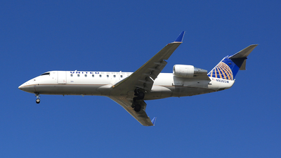 A picture of N926SW - Mitsubishi CRJ200ER - United Airlines - © Jonathan Kang
