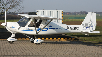 D-MGFX - Ikarus C-42B - Private