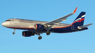 A picture of VPBTJ - Airbus A320214 - Aeroflot - © BizavMen