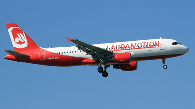 OE-LOG - Airbus A320-214 - LaudaMotion
