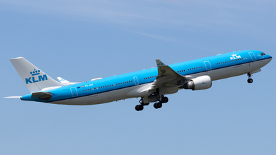 A picture of PHAKF - Airbus A330303 - KLM - © Alexander Jeglitsch