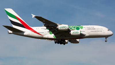 A6-EOW - Airbus A380-861 - Emirates