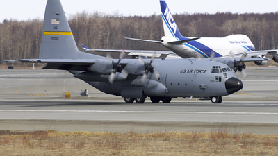 82-0060 - Lockheed C-130H Hercules - United States - US Air Force (USAF)