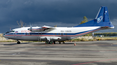 RA-11025 - Antonov An-12B - Kosmos Airlines (KSM)