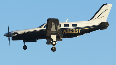 A picture of N369ST - Piper PA46350P Malibu Mirage - [4636396] - © BizavMen