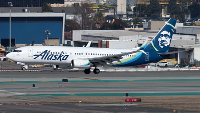 A picture of N594AS - Boeing 737890 - Alaska Airlines - © Yixin Chen