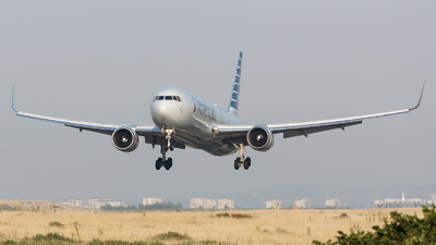 N379AA - Boeing 767-323(ER) - American Airlines