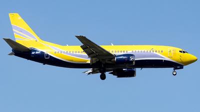 AP-BMT - Boeing 737-3B3(QC) - Vision Air International