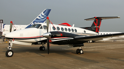 N871EU - Beechcraft B300 King Air 350i - Private