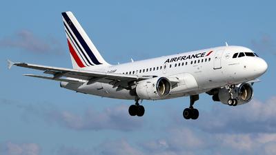 A picture of FGUGF - Airbus A318111 - Air France - © Roman Eisenreich