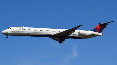N971DL - McDonnell Douglas MD-88 - Delta Air Lines