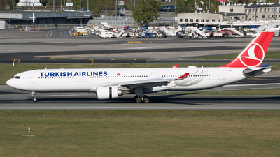 A picture of TCLND - Airbus A330303 - Turkish Airlines - © RAFAL KUKOWSKI