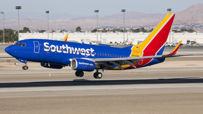 A picture of N954WN - Boeing 7377H4 - Southwest Airlines - © David Lee