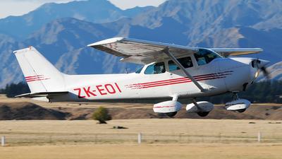 ZK-EOI - Cessna 172N Skyhawk - Private