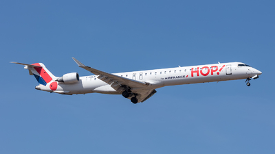 F-HMLN - Bombardier CRJ-1000 - HOP! for Air France