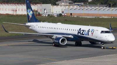 A picture of PRAXX - Embraer E195AR - Azul Linhas Aereas - © Rafael Ferreira