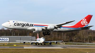 A picture of LXVCL - Boeing 7478R7(F) - Cargolux - © Chris Jilli