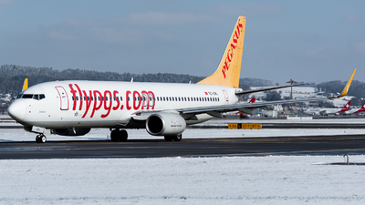 A picture of TCCPL - Boeing 73782R - Pegasus Airlines - © Thierry Weber