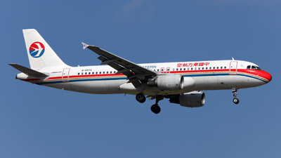 B-6872 - Airbus A320-214 - China Eastern Airlines