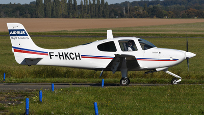 F-HKCH - Cirrus SR20 - Airbus - Cassidian Aviation Training Services