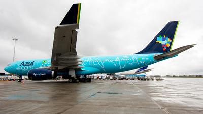 A picture of PRAIU - Airbus A330243 - Azul Linhas Aereas - © Dutch