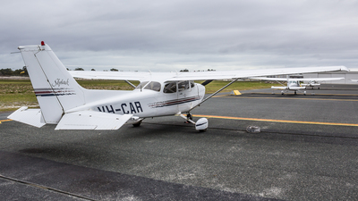 VH-CAR - Cessna 172R Skyhawk II - Private