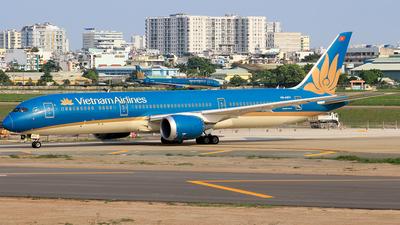 A picture of VNA871 - Boeing 7879 Dreamliner - Vietnam Airlines - © Toanla_SFAP