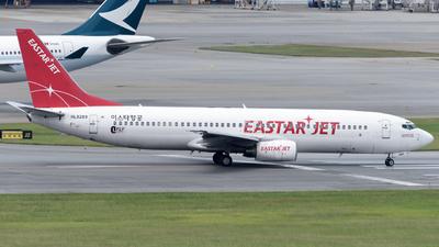 HL8289 - Boeing 737-883 - Eastar Jet
